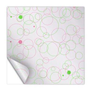 Celofán transparente con diseño de circulos verdes y fucsia