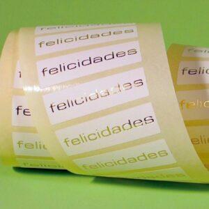 Etiquetas adhesivas blancas felicidades