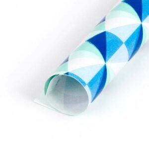 papel de regalo con dibujos de triángulos azules 132915-b