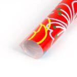 Papel de regalo con dibujos de hojas y flores rojo 134903-b